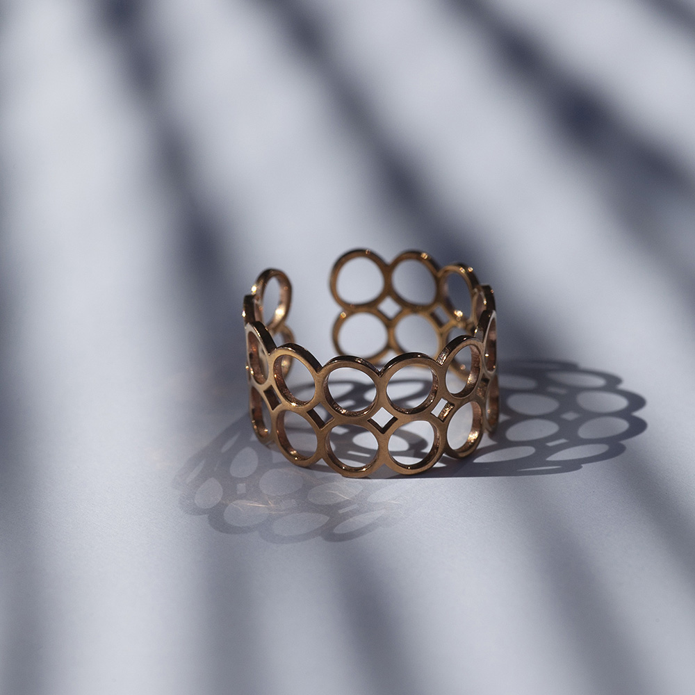 alexascha ring gold 5